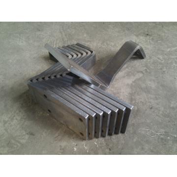 Pièces de pliage de métaux lourds perforés China Factory
