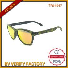Neues Design im freien Tr90 Sonnenbrille mit Camou Farbe Tr14047