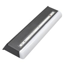 Luz solar noturna integrada para pátio