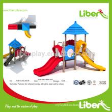 Múltiples diapositivas Equipo de patio al aire libre de alta calidad Casa de paja Serie