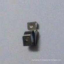 Pièce d'emboutissage métallique de précision