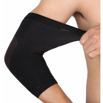 Support de coude de tennis avec compression au bras