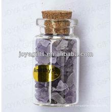Mélange d'améthyste Recouvrement de pierres précieuses en bouteille