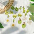 Avocado Green Flower Ohrstecker Serie Frische süße Sommer Ohrring Schmuck Kreatives Design Frauen Acryl Ohrring Geschenke