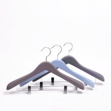 luxury custom wooden men's suit hanger with clips
