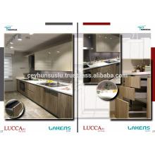 Türkische Fertigung Hölzernes Design Küchenschrank mit Pvc Membrantür