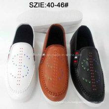Скользит последняя мода Мужской свободного покроя кожаные ботинки Впрыски (MP16721-24)