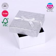 Coffret cadeau en carton joli et personnalisé avec couvercle