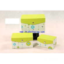 High Quality Cosmetic Packaging Gift Box with Metal Button and Flap