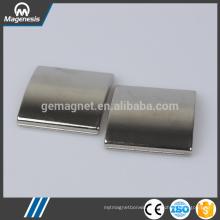 China gold manufacturer latest ceramic ferrite pot magnet