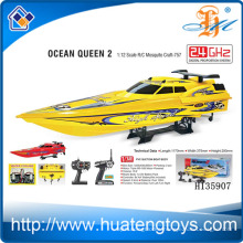 Wholesale 2.4GHZ 1:12 Wireless RC bait boat for sale 550 type motor CE Test Report Ocean Queen 2 H135907