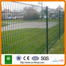 route de vente chaude et clôture de double fil de gardon