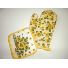 Kitchen Helper Heat Resistant Gloves