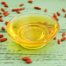 Precio al por mayor contra el cáncer Función de aceite fresco de bayas de Goji