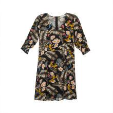 Женское мини-платье с V-образным вырезом и короткими рукавами