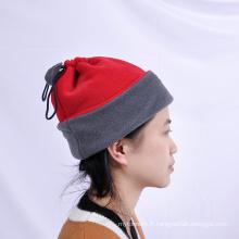 Top qualité 100% polyester double couleur polaire beanies chapeaux