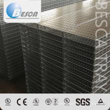 Bandeja de cabo perfurada de aço resistente com preço de fábrica do OEM