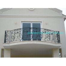 Vedação de varanda com design extravagante