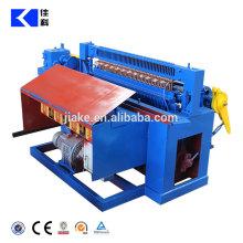 China manufacturer roll mesh welding machine price