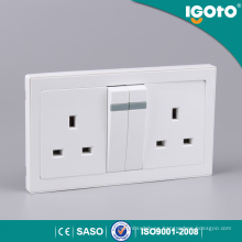 Estándar británico eléctrico 13A 3-Pin Socket Plug Socket Multi Socket