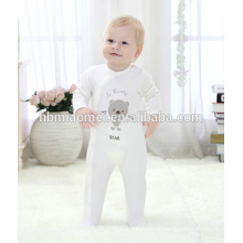 Mameluco de algodón orgánico modificado para requisitos particulares mameluco del invierno del bebé del niño del mameluco de manga larga con capucha