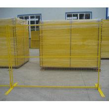 Clôture temporaire enduite de PVC avec le trou de maille de 75X100mm et la couleur jaune pour le Canada
