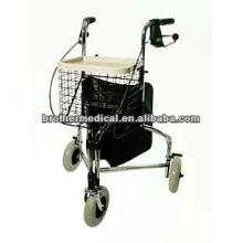 Three wheel rollator