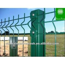 PVC revestido triângulo cerca de malha de arame (fabricante)