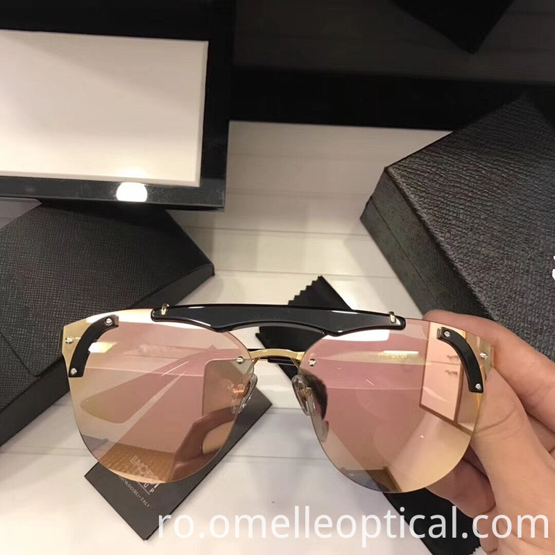 Sunglasses Oversized
