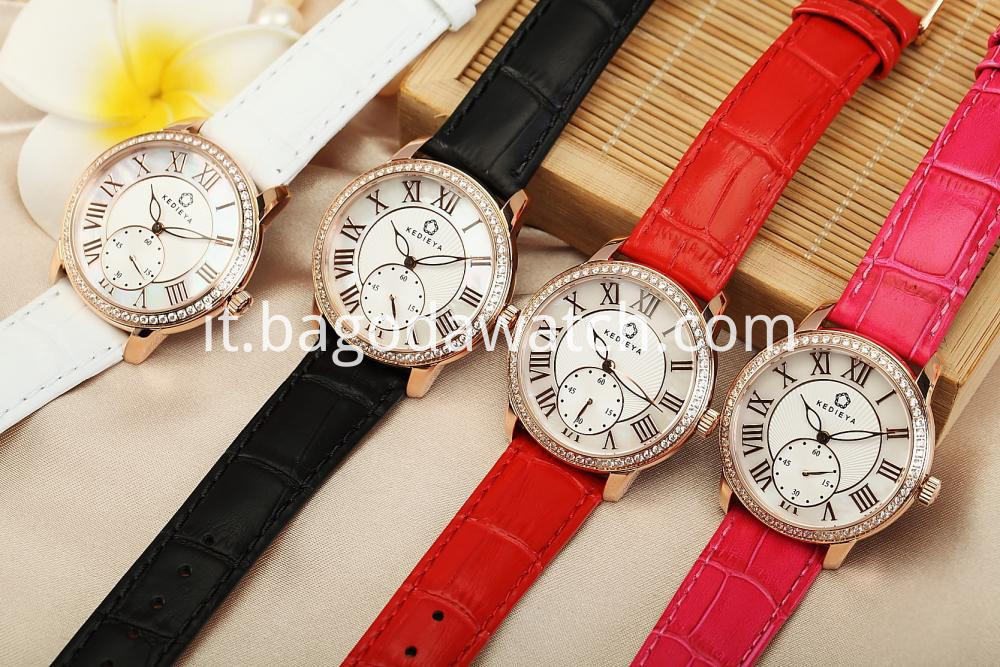 Customized Colors Strap Watches