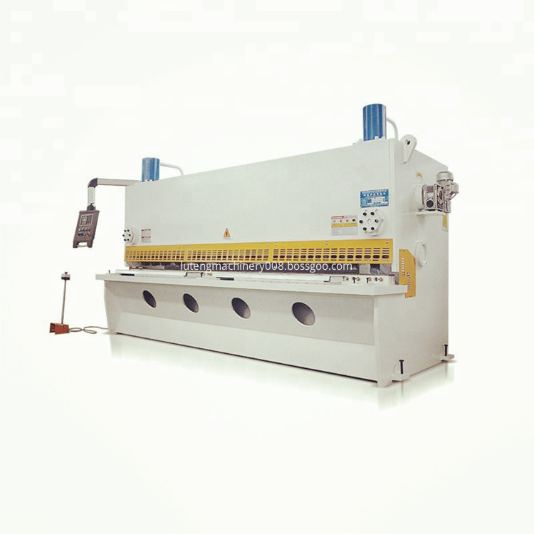 used-automatic-guillotine-metal-cutting-hydraulic-shearing