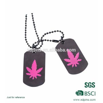 Customized Metal Printed Maple Leaf Spray Dog Tag Chain