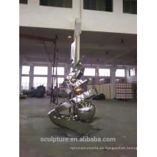 Escultura abstracta al aire libre grande del pulimento del espejo grande