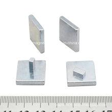 1mm Epaisseur Petit aimant carré dans la machine