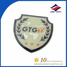 Напечатанный логосом изготовленный на заказ мужских подарков щит лацкан PIN-код, сделано в Китае