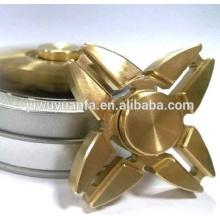 Popular Diseño Funny Toy Anti Stress Fuerte Armamento Metal Oro Fidget Hand Spinner