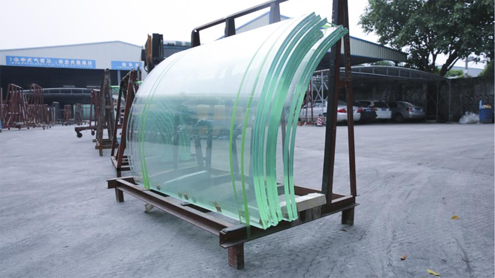 Curved Low Iron Laminated Glass