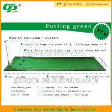 Portable indoor golf putting mat / office golf putting green