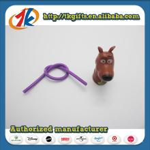 Animal de brinquedo de plástico Mini Dog Figurine com lápis elástico