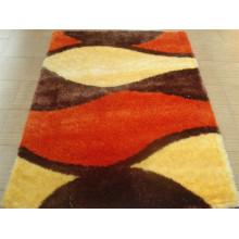 Ковровая плитка с растянутой пряжей и шелком