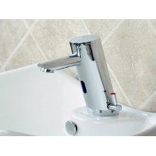 Vertikaler Typ Sensor Basin Wasserhahn und Mixer