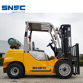 3.5ton Gas Forklift dengan Container Used Mast