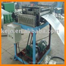 Machine de formage de rouleaux pour plateau à câble