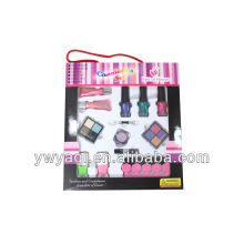 2013 newes!!! Cosmetic set T132