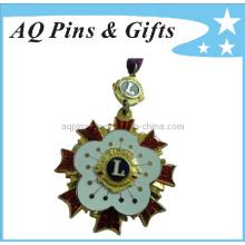Metal recuerdo insignia con Cloisonne suave (badge-027)