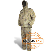 Camouflage Breathable Waterproof Clothing with Multiple Pockets