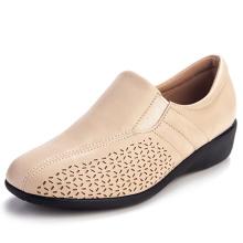 Женская повседневная обувь Весна осень мягкие удобные кроссовки