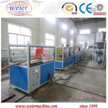 Perfil plástico de madeira econômico do PVC de WPC que faz a máquina para a decoração interior