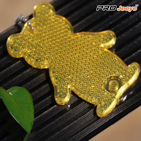 bear keychain back
