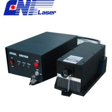 LD Pumped Green Solid Laser bei 561 nm